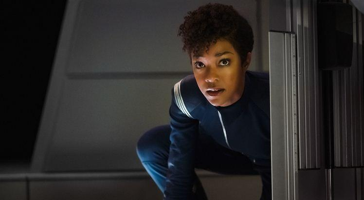 Sonequa Martin-Green como a Primeiro Oficial Michael Burnham. Foto: Jan Thijs  © 2017 CBS Interactive. All Rights Reserved.