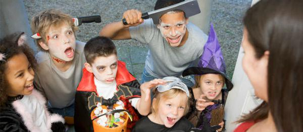 img-article-kids-halloween-party-tricks-and-treats