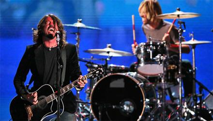 FOO FIGHTERS E JOSS