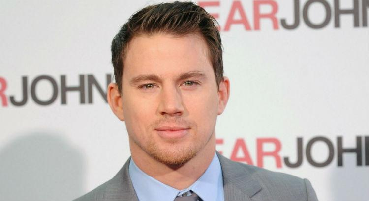 "Channing Tatum esquenta Facebook com novidades de ""Magic Mike"""